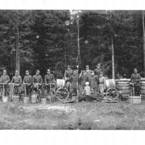 People working in the forest around 1926 roku, photo from Archive of Bialowieza Forest District (shared by P.W. Chilecki)